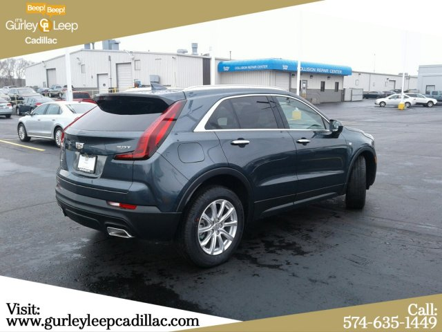 New 2019 Cadillac XT4 AWD Luxury